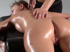 Lesbian increase their pleasure by massage